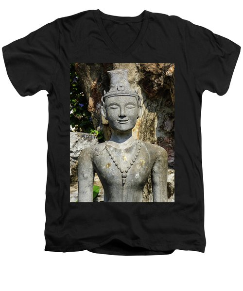 Close Up Of A Statue Depicting A Thai Yoga Pose At Wat Pho Temple Men's V-Neck T-Shirt