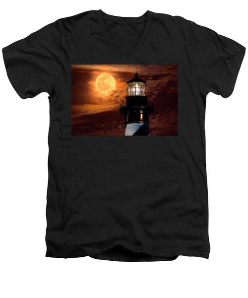 Closeup Of Full Moon Rising Over St Augustine Lighthouse Men's V-Neck T-Shirt