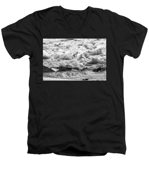 Men's V-Neck T-Shirt featuring the photograph Cloudy Beach Black And White By Kaye Menner by Kaye Menner