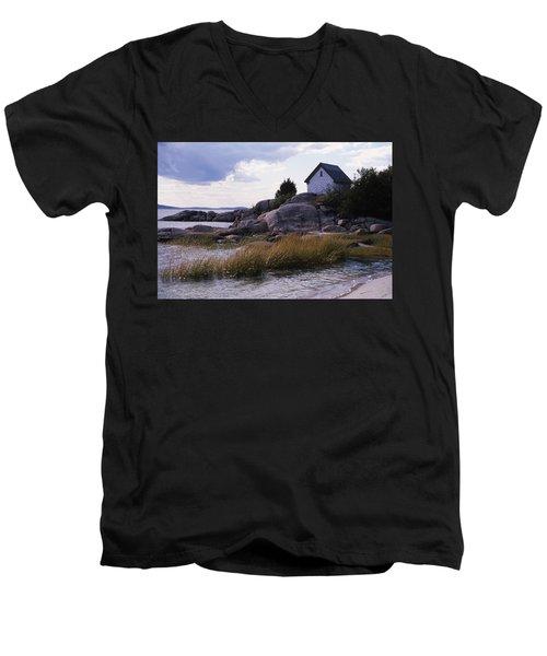 Cnrf0909 Men's V-Neck T-Shirt