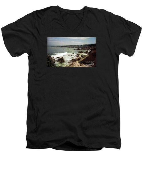 Coastal Waves And Rocks Men's V-Neck T-Shirt