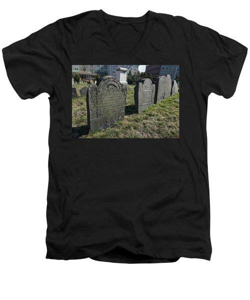 Colonial Graves At Phipps Street Men's V-Neck T-Shirt