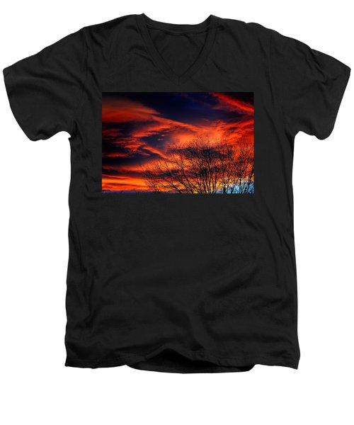 Colorado Fire In The Sky Men's V-Neck T-Shirt