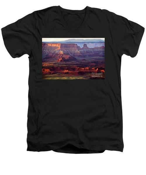 Colors Of Utah Men's V-Neck T-Shirt