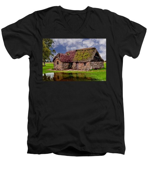 Cottage In The Highlands Men's V-Neck T-Shirt
