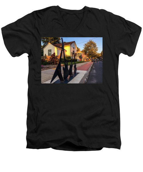 Cottage Street Guitars Men's V-Neck T-Shirt