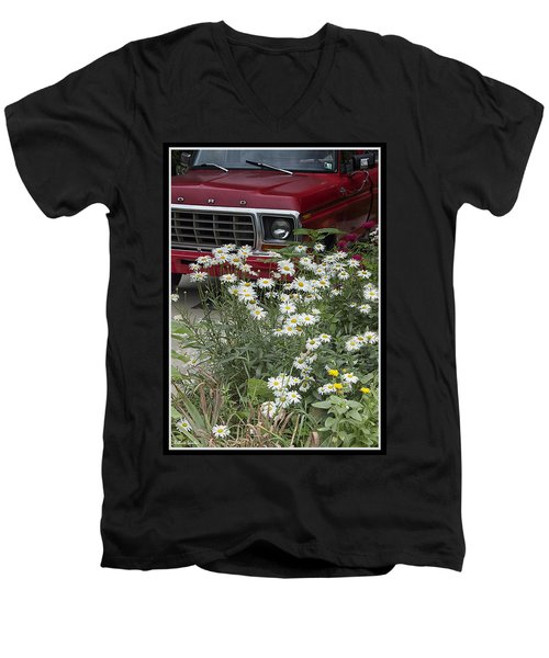 Country Garden Men's V-Neck T-Shirt