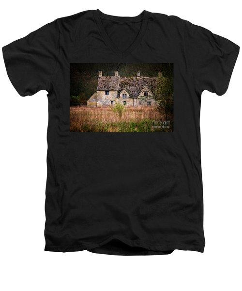 Country Retreat Men's V-Neck T-Shirt