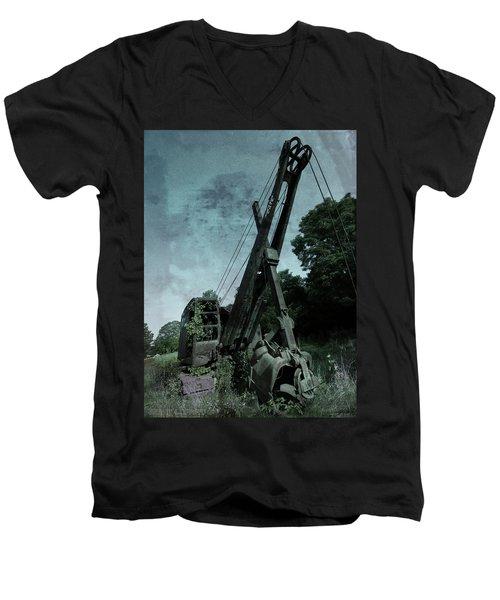 Crane Men's V-Neck T-Shirt