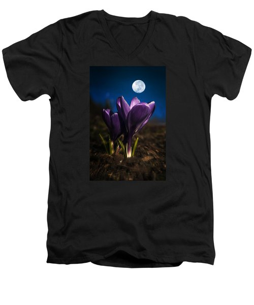 Crocus Moon Men's V-Neck T-Shirt