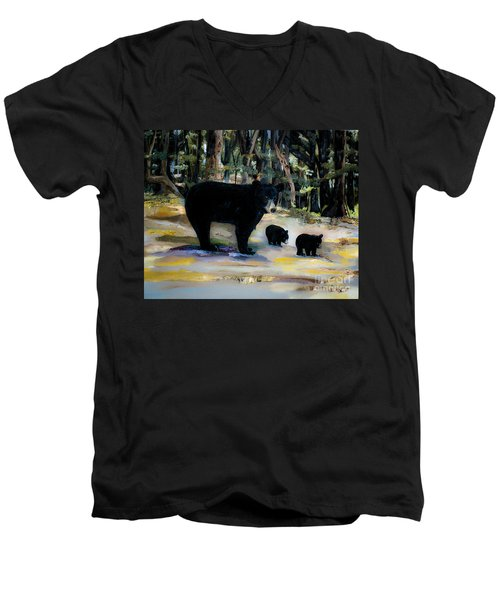 Cubs With Momma Bear - Dreamy Version - Black Bears Men's V-Neck T-Shirt