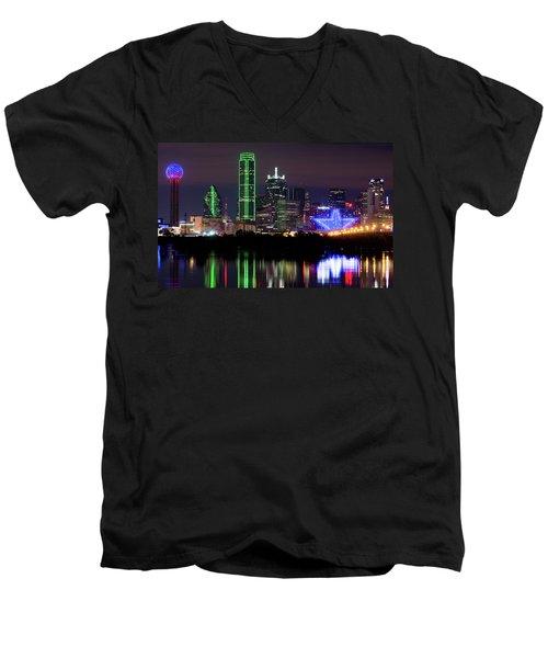 Dallas Cowboys Star Night Men's V-Neck T-Shirt