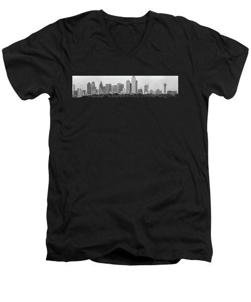 Men's V-Neck T-Shirt featuring the photograph Dallas In Black And White by Jonathan Davison