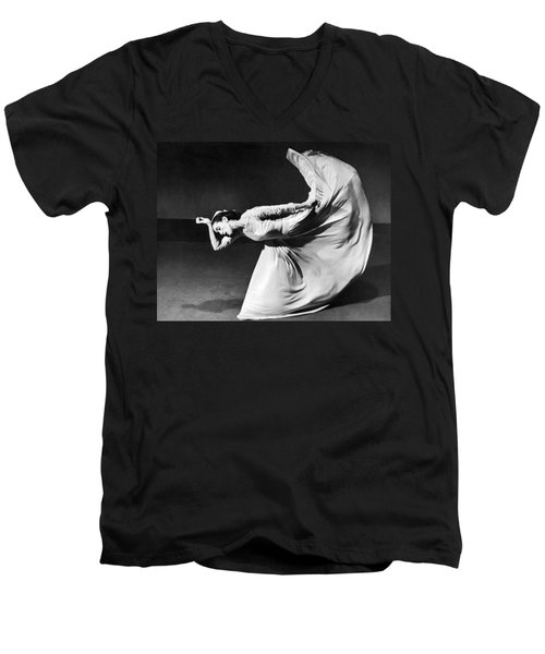 Dancer Martha Graham Men's V-Neck T-Shirt
