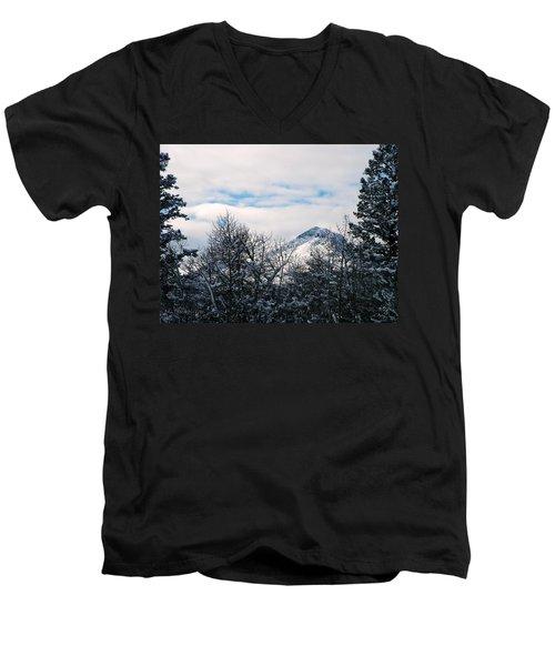 Dancing Woman Mountain In The Winter Men's V-Neck T-Shirt
