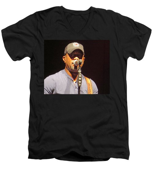 Darius Rucker Live Men's V-Neck T-Shirt