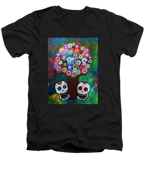 Day Of The Dead Love Offering Men's V-Neck T-Shirt
