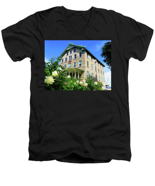 Dec Building Cape Vincent Ny Men's V-Neck T-Shirt