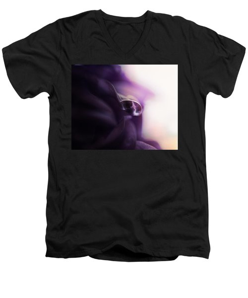 Deep Purple Velvet Men's V-Neck T-Shirt