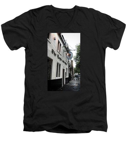 Eagle And Child Pub - Oxford Men's V-Neck T-Shirt