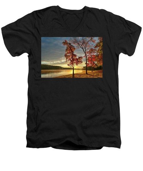 East Texas Autumn Sunrise At The Lake Men's V-Neck T-Shirt