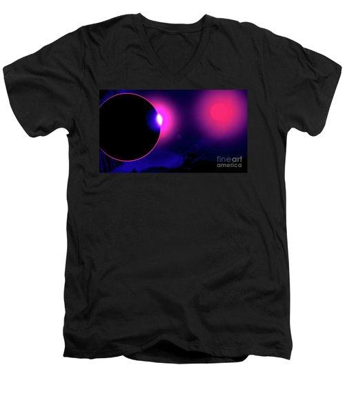 Eclipse Of 2017 Men's V-Neck T-Shirt