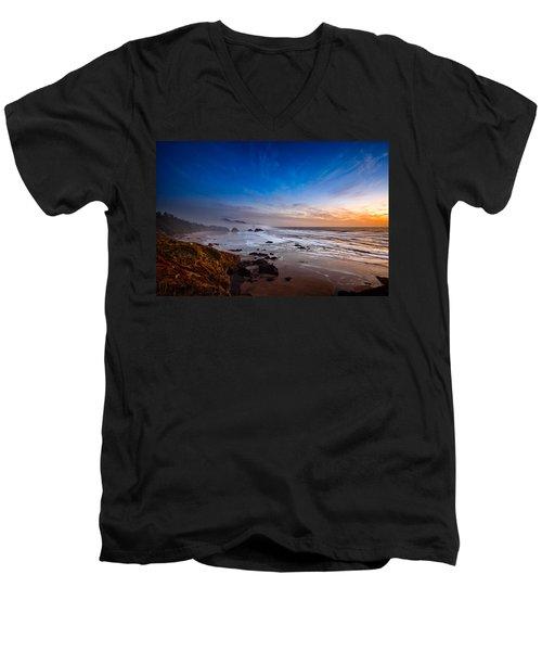 Ecola State Park At Sunset Men's V-Neck T-Shirt