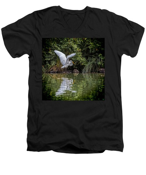 Egret Hunting For Lunch Men's V-Neck T-Shirt