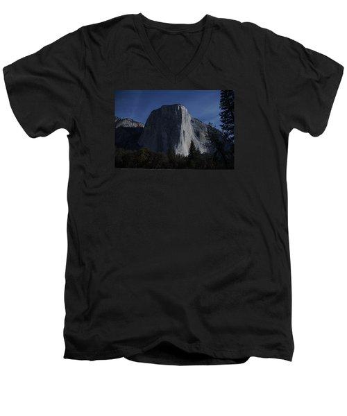 El Capitan In Moonlight Men's V-Neck T-Shirt