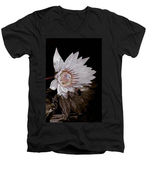 Elizabeth's Lily Men's V-Neck T-Shirt