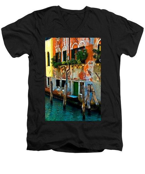 Empty Dock Men's V-Neck T-Shirt by Harry Spitz