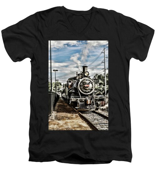 Engine 154 Men's V-Neck T-Shirt