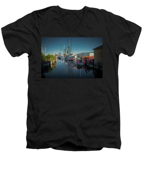 Englehardt,nc Fishing Town Men's V-Neck T-Shirt