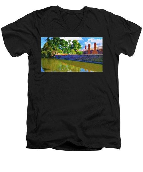 English Impressions Men's V-Neck T-Shirt