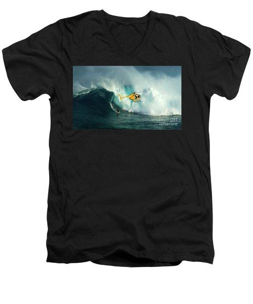Extreme Surfing Hawaii 6 Men's V-Neck T-Shirt