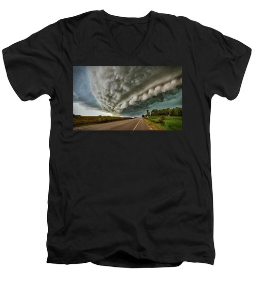 Face In The Storm Men's V-Neck T-Shirt