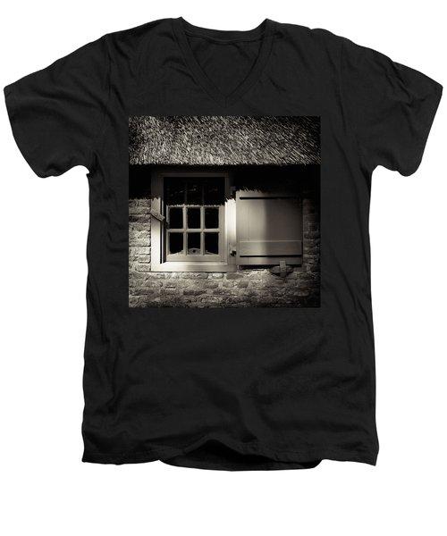 Farmhouse Window Men's V-Neck T-Shirt
