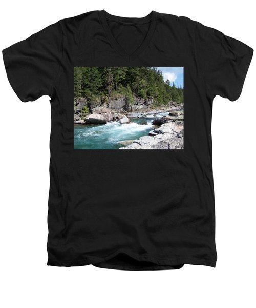 Fast River Men's V-Neck T-Shirt