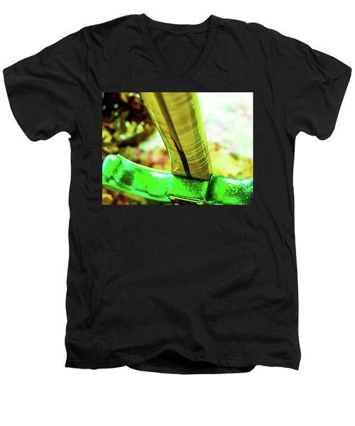 Custom Shop Stratocaster In Rare Green Sparkle Men's V-Neck T-Shirt