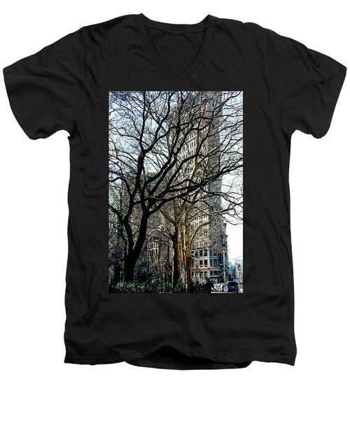 Flatiron Building Men's V-Neck T-Shirt