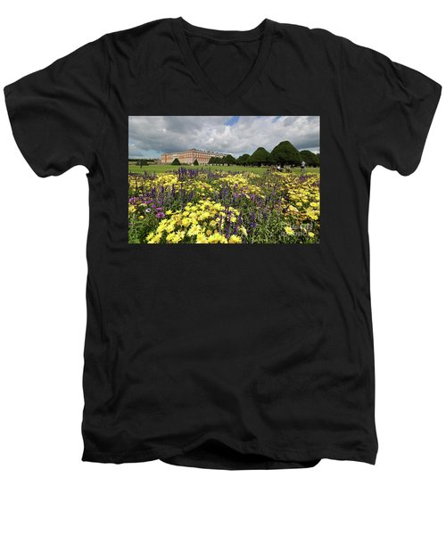 Flower Bed Hampton Court Palace Men's V-Neck T-Shirt