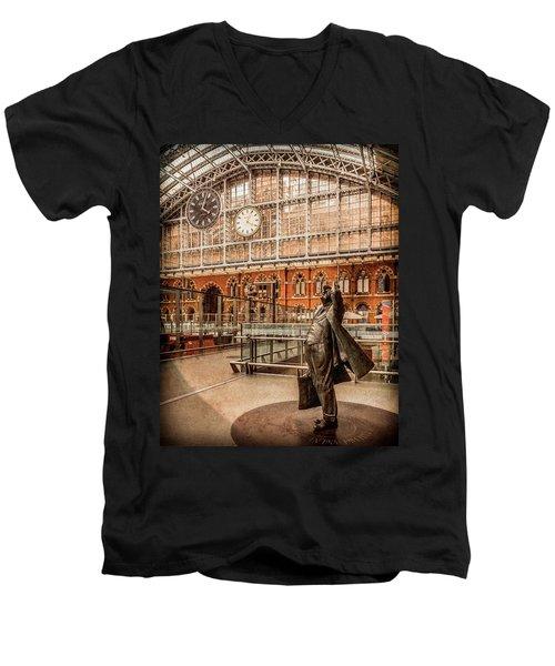 London, England - Flying Time Men's V-Neck T-Shirt