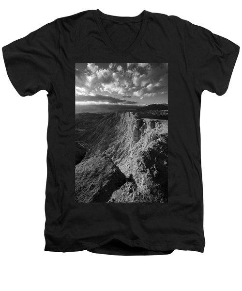 Font's Point Men's V-Neck T-Shirt