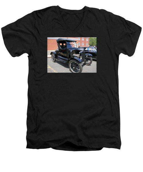 Ford Model T1 Men's V-Neck T-Shirt