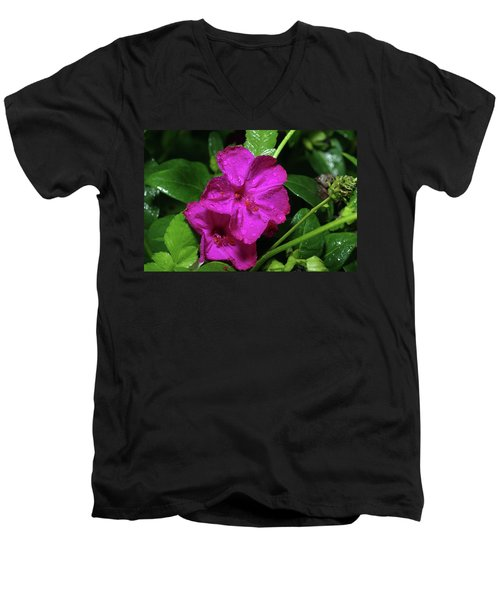 Men's V-Neck T-Shirt featuring the photograph Four O'clock At 9am  by Richard Rizzo