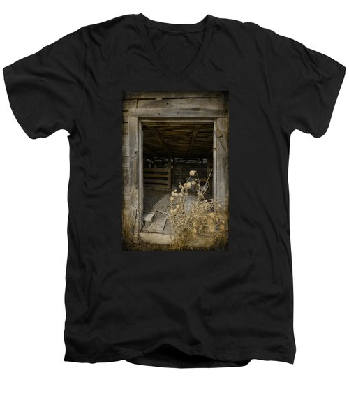 Men's V-Neck T-Shirt featuring the photograph Framed by Fran Riley
