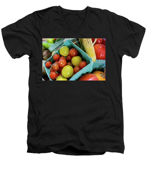 Fresh Tomatoes Men's V-Neck T-Shirt