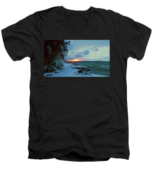 Frozen Sunset In Cape Vincent Men's V-Neck T-Shirt