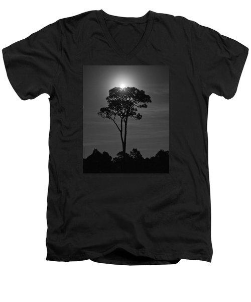 Full Moon Pearl  On Old Longleaf Pine Setting Men's V-Neck T-Shirt
