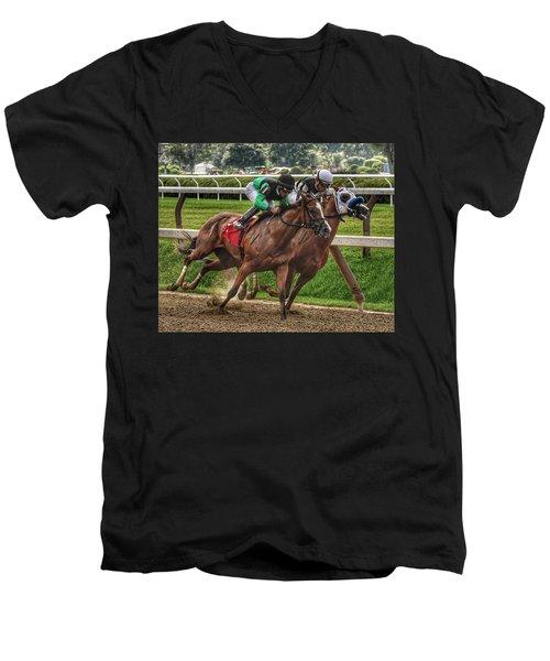 Gaining Men's V-Neck T-Shirt